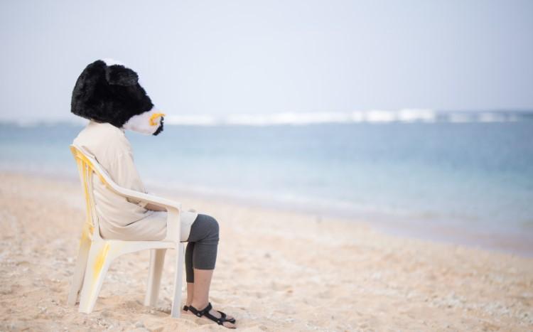 管理職に向いてなくて海を見ている人
